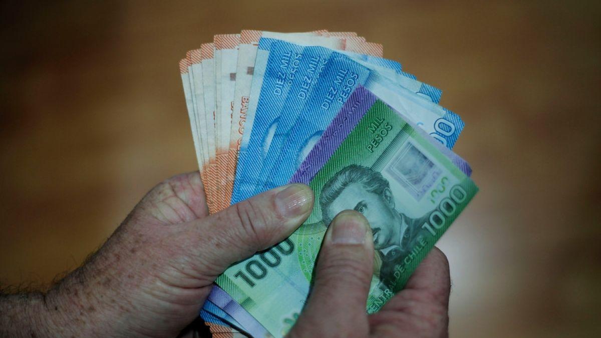 Noticias Chile | Parlamentarios aprueban proyecto para que chilenos puedan sacar dinero de su AFP