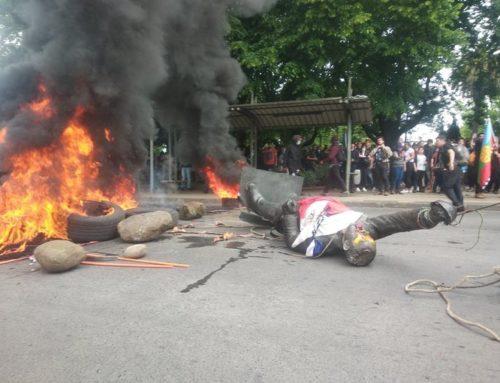 FF.AA indignadas por la destrucción de estatua de Arturo Prat en Temuco