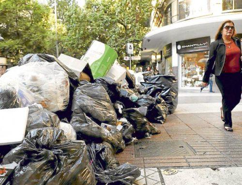 Recolectores de Basura bloquearon los rellenos sanitarios de Santiago y confirmaron paro indefinido
