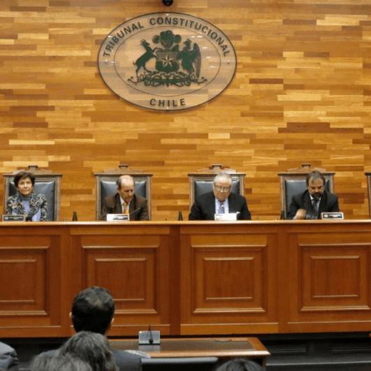 Noticias Chile | Abogados constitucionalistas tras el fallo del TC, temen que la gente no pueda sacar los fondos de las AFP