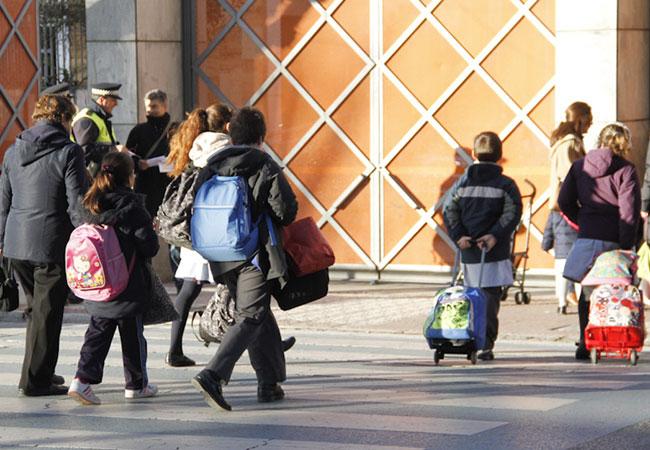 Noticias Chile | Clases en colegios parten el 1 de marzo con modalidad presencial voluntaria y online desde casa