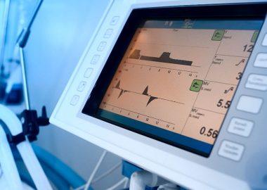 Paciente con ventilación mecánica falleció , luego de que parientes desconectarán su respirador para ocupar el aire acondicionado