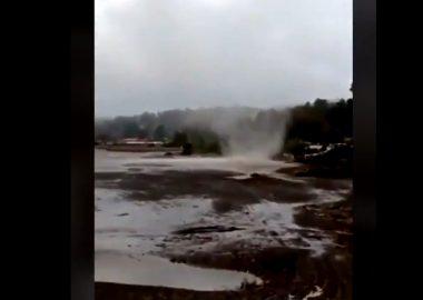 Noticias Chile | Se reporta tromba Marina en Llico , al momento sólo daños en árboles y tendido eléctrico