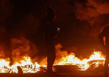 Noticias Chile | Segunda noche de protestas violentas deja la antesala de la aprobación del proyecto de las AFP en el Senado | INFORMADORCHILE