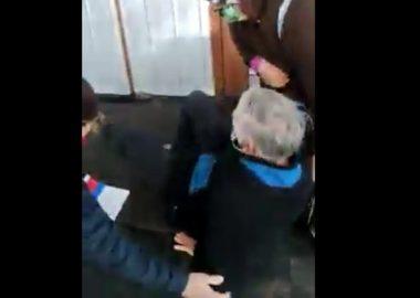 Noticias Chile   Repudio general por maltrato a adulto mayor en conservador de Bienes Raíces de Viña