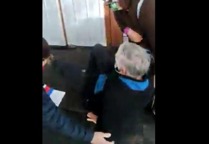 Noticias Chile | Repudio general por maltrato a adulto mayor en conservador de Bienes Raíces de Viña