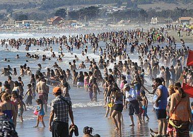 Noticias Chile | Diputados UDI y RN presentan proyecto de ley para que el año 2021 Chile tenga más fines de semana largo | INFORMADORCHILE