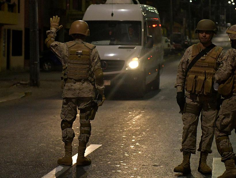 Noticias Chile | Militares usaron armamento en toque de queda contra delincuente y quedaron detenidos por la justicia chilena