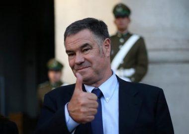 Noticias Chile   Senador Ossandón fue citado por la fiscalía por tráfico de influencias, pero justo se enfermó por segunda vez de Covid-19