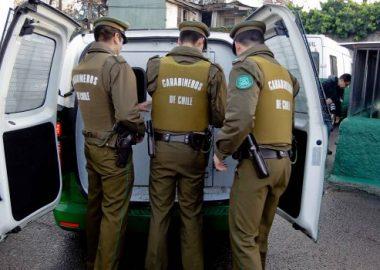 Noticias Chile | Dos Carabineros protagonizaron violenta pelea en la comuna de Maipú , ambos fueron detenidos
