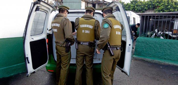 Noticias Chile   Dos Carabineros protagonizaron violenta pelea en la comuna de Maipú , ambos fueron detenidos
