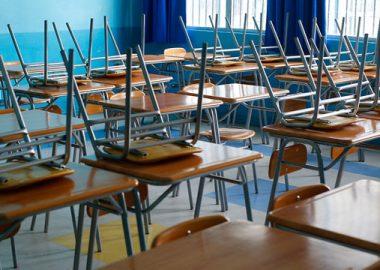 Noticias Chile | Aprueban proyecto de ley para que colegios particulares y subvencionados no puedan cancelar matrícula por no pago | INFORMADORCHILE