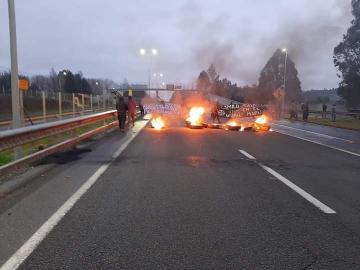 Noticias Chile | Violentos disturbios en Ercilla, dejan un carabinero baleado con armamento de guerra
