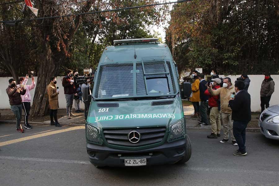 Noticias Chile | Nano Calderón pasó su primera noche en la cárcel en Santiago 1, luego de una vida de lujos y excesos | INFORMADORCHILE