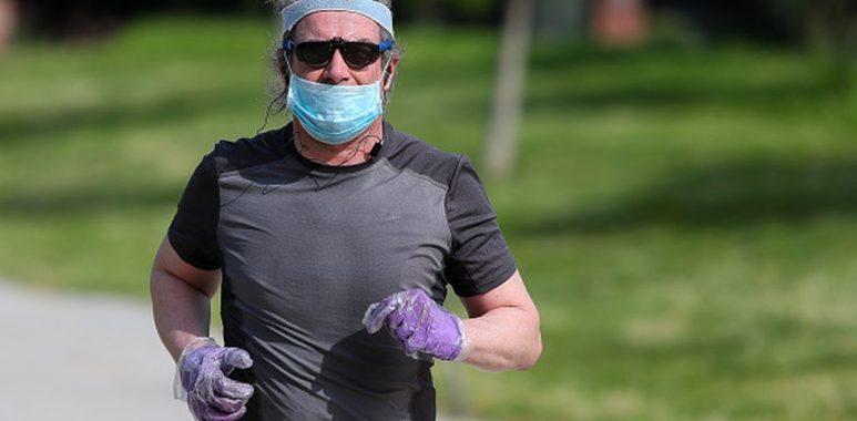 Noticias Chile   Correr con mascarilla es peligroso, incluso se ha reportado una persona con colapso de pulmón