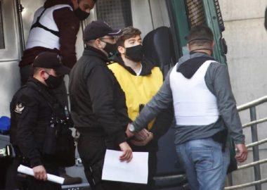 Noticias Chile | Nano Calderón pasó su primera noche en la cárcel de Santiago 1, luego de una vida de lujos y excesos | INFORMADORCHILE