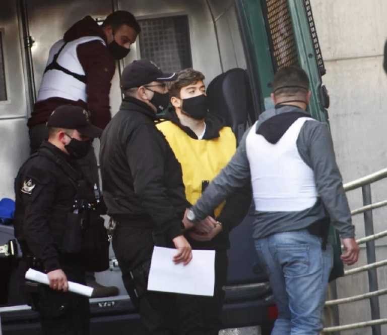 Noticias Chile   Nano Calderón pasó su primera noche en la cárcel de Santiago 1, luego de una vida de lujos y excesos   INFORMADORCHILE