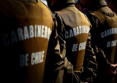 Noticias Chile | Sorprenden a seis carabineros tomando vino en la Subcomisaría de Purranque | INFORMADORCHILE
