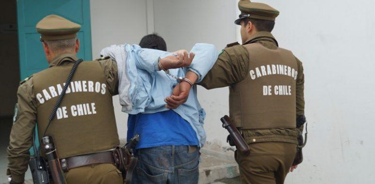 Noticias Chile | Colombiano se entrega a carabineros, luego de matar a su pareja en Ñuñoa | INFORMADORCHILE