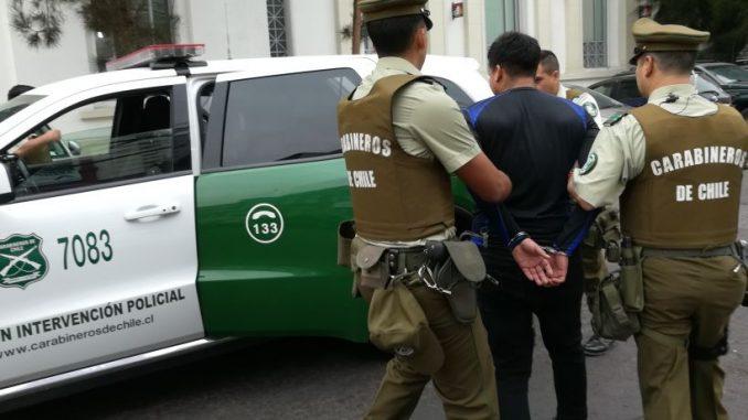 Noticias Chile | Colombiano se entrega a carabineros, luego de matar a su pareja en Nuñoa