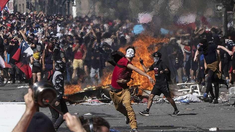 Noticias Chile | Encuesta señala que el 18 de octubre de 2019 no se liberó  toda la rabia acumulada y podría venir otro terremoto emocional destructivo  - Noticias Chile - Noticias en Chile - El Informador