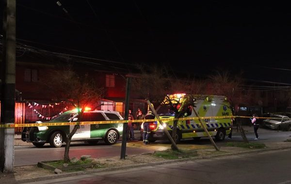 Noticias Chile | Dos delincuentes mueren al tratar de asaltar casa en Puente Alto, dueño les quitó el arma | INFORMADORCHILE