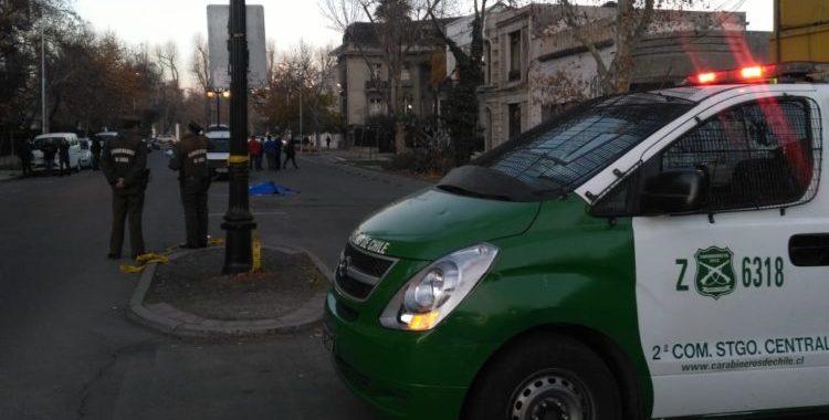 Noticias Chile | Hombre muere apuñalado en el centro de Santiago, luego de ser asaltado | INFORMADORCHILE
