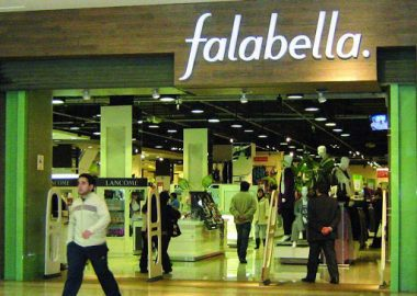 Noticias Chile | Confirman que Falabella escondió 21 trabajadores en bodega para evadir fiscalización | INFORMADORCHILE