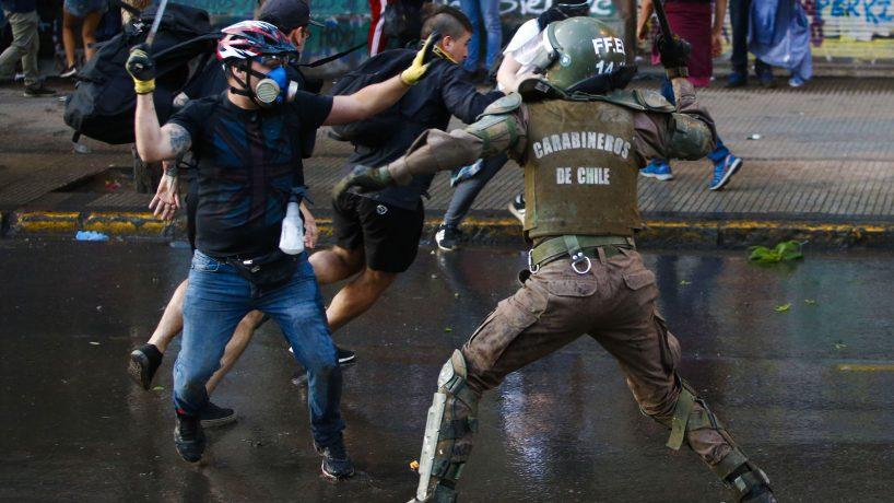Noticias Chile | Gobierno expulsará a 53 extranjeros vinculados a saqueos y robos durante el estallido social