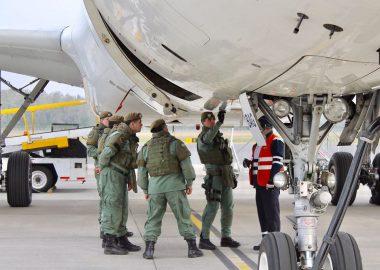 Noticias Chile | Chileno mencionó la palabra bomba en el Aeropuerto: perdió el vuelo , sus vacaciones y millonaria demanda