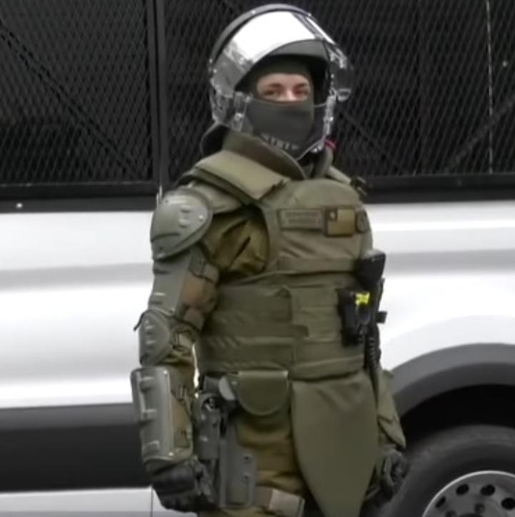 Noticias Chile | Carabineros ya tiene nuevos escudos de protección antidisturbios