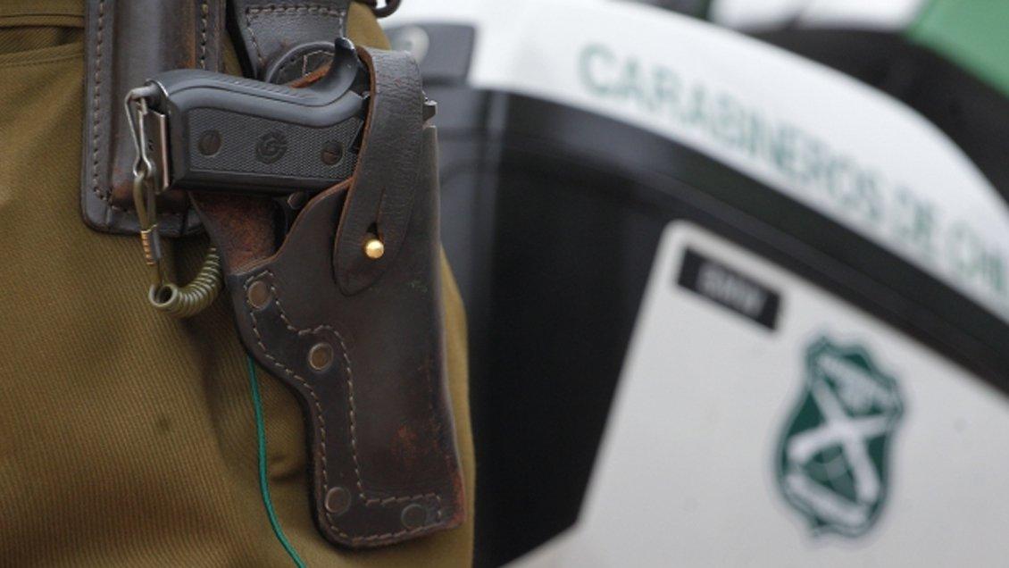 Noticias Chile | General activo de carabineros sufre encerrona de su vehículo y frustró robo con varios disparos
