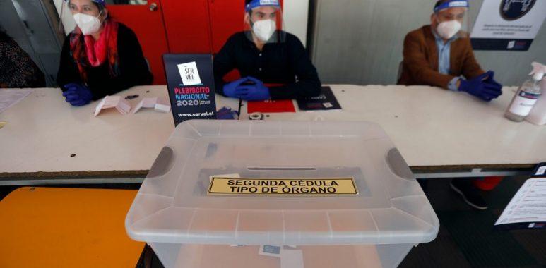 Noticias Chile | Vocal de mesa da positivo a Covid-19, se están buscando los contactos estrechos
