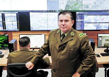 Noticias Chile | Se filtra audio donde General Bassaletti autoriza el uso de escopetas, mientras carabineros eran atacados por delincuentes