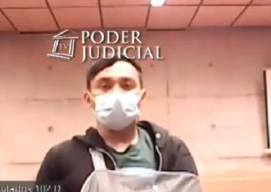 Noticias Chile | Carabineros da de baja a funcionario que empujó a joven al Río Mapocho