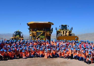 Noticias | Trabajadores de minera Candelaria rechazan bono de 17.5 millones, mientras en Chile el pueblo pasa hambre