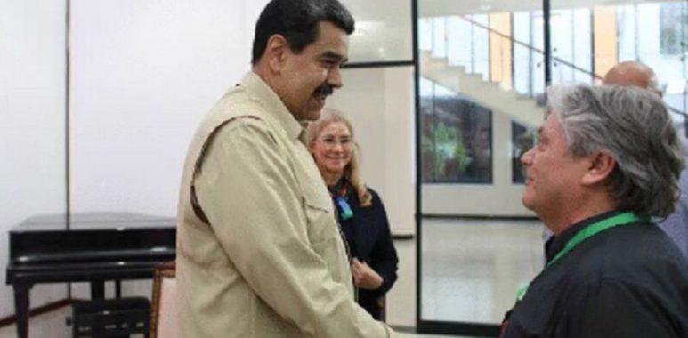 Noticias Chile | Nicolás Maduro está orando por la salud del Senador Navarro que se encuentra en riesgo vital➡️ https://www.elinformadorchile.cl/2020/11/13/noticias-chile-nicolas-maduro-esta-orando-por-la-salud-del-senador-navarro-que-se-encuentra-en-riesgo-vital/