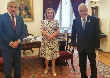 Noticias Chile   Políticos oficialistas se abstendrán para detener el proyecto de Pamela Jiles del 10%, y así aprobar el del presidente Piñera con impuestos