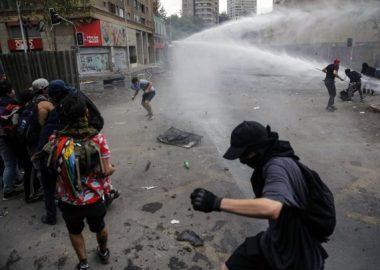 Noticias Chile | Delincuente volvieron a realizar desmanes en Plaza Italia