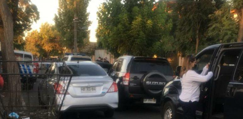 Noticias Chile | Detectives mataron a delincuente que trató de atropellarlos con auto robado en Santiago
