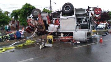 Noticias Chile | Grave accidente de carro bomba, deja varios Bomberos heridos de gravedad