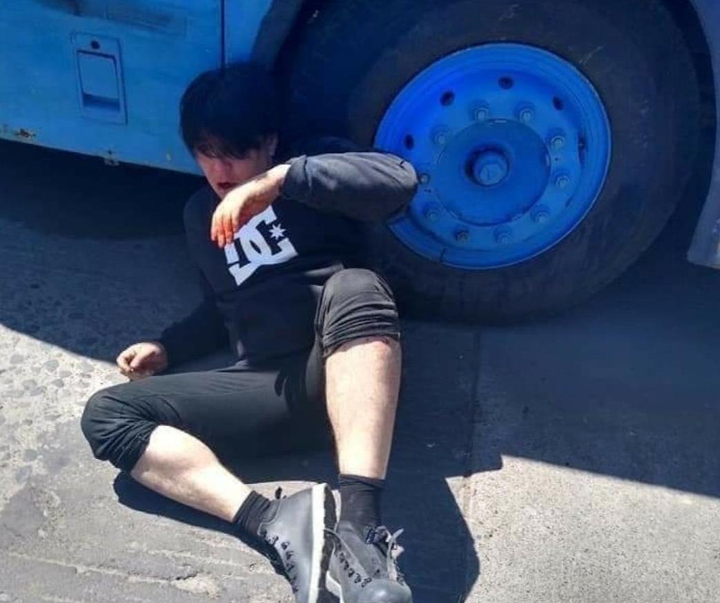 Noticias Chile | Roberto Belmar sufrió violenta y cobarde golpiza al salir de tribunales de Justicia