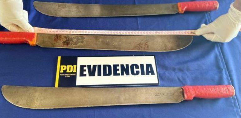 Noticias Chile | Hermana de artista callejero fallecido entregó los sables a la PDI