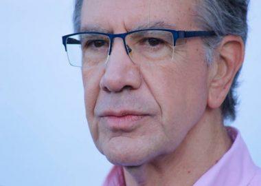 Noticias Chile   Alcalde Lavín entregará toallas higiénicas y tampones a colegios vulnerables