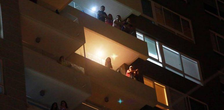 Noticias Chile | Denuncian gemidos en edificio de Las Condes, que no deja dormir a sus residentes
