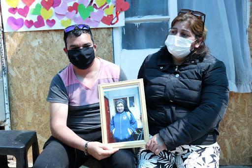 Noticias Chile | Madre que  acuchilló 11 veces a su hija y luego quemo la casa con ella aún viva, quedo en prisión preventiva