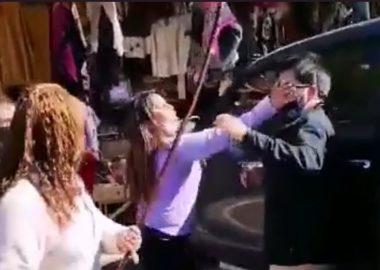 Noticias Chile | Padre sufrió una golpiza luego de dejar a su hija encerrada en su vehículo