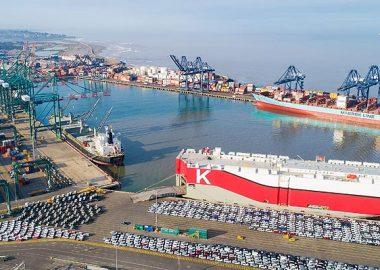 Noticias Chile | Se registra nueva masiva llegada de vehículos nuevos al puerto de San Antonio