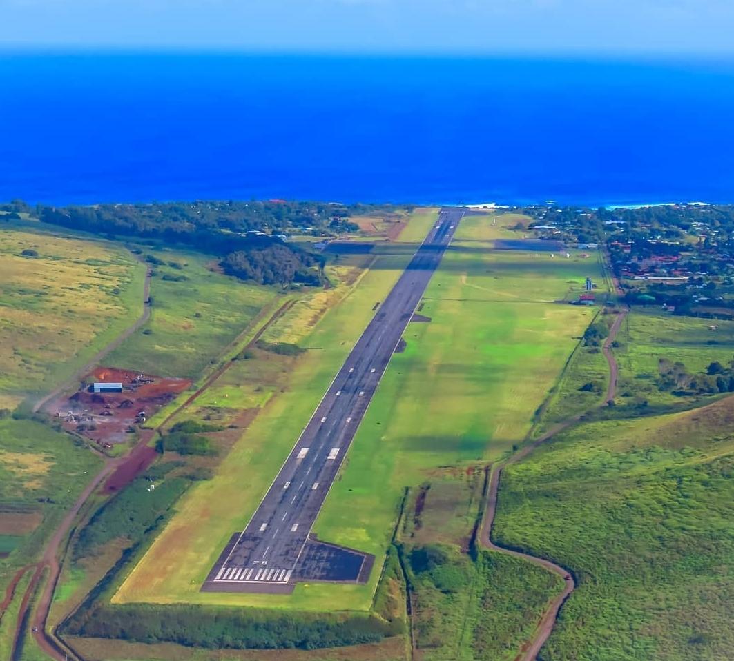 Latam reanudará vuelos a Rapa Nui, luego de incidentes que terminaron con un avión retenido
