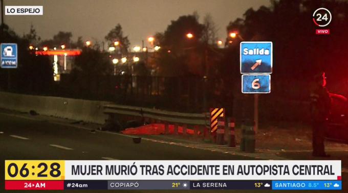 Una mujer con dos meses de embarazo, murió tras ingresar en moto y contra el tránsito a la Autopista Central en Lo Espejo